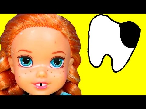 Sugar Bugs ! ANNA toddler at the Dentist ! - Little ELSA is there too - UCQ00zWTLrgRQJUb8MHQg21A