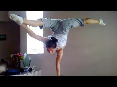 Amazing hand balancing practice, unbelievable strength & skill! (People are Awesome) - UCIJ0lLcABPdYGp7pRMGccAQ