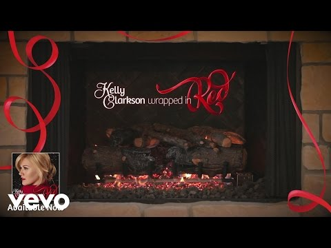 Silent Night feat. Reba McEntire & Trisha Yearwood (Kelly's 'Wrapped in Red' Yule Log S... - UC6QdZ-5j9t_836_xJPAaRSw