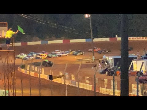 8/7/2021 Extreme 4 Cherokee Speedway - dirt track racing video image