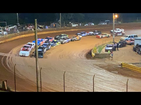8/20/2021 Thunder Bomber Lavonia Speedway - dirt track racing video image