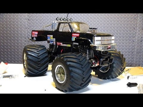 RC ADVENTURES - Vintage Kyosho USA 1, Electric 1/10th Scale Monster Truck 4x4 Repair - UCxcjVHL-2o3D6Q9esu05a1Q