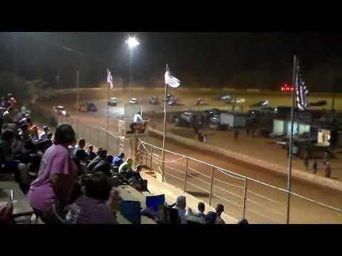#37 Shaun Robinson, #44 Jeff Parsons - dirt track racing video image