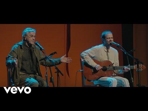 Caetano Veloso, Moreno Veloso - Um Passo À Frente - UCbEWK-hyGIoEVyH7ftg8-uA