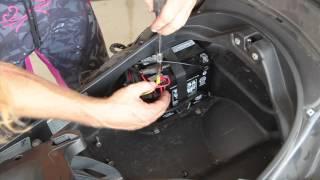 Sostituzione batteria Piaggio Mp3 400