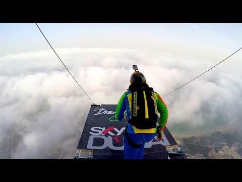 Dream Jump - Dubai 4K - UClujD4c9eraF2bcPpcVqkPQ
