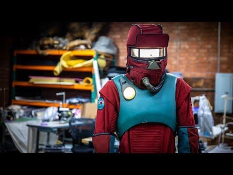 Designing the Stranger Things Season 3 Biohazard Suit! - UCiDJtJKMICpb9B1qf7qjEOA