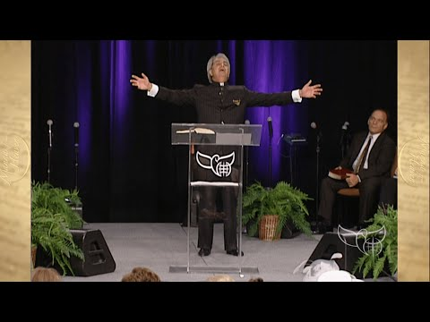 Benny Hinn Ministries Classic - Walking in the Light