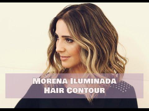 Morena iluminada com a técnica de contorno para cabelo