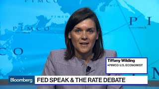 Pimco Won't Rule Out 50-Basis Point Federal Reserve Rate Cut