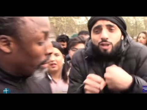 Christian Street Preacher bullied by Muslims @ Hyde Park , London