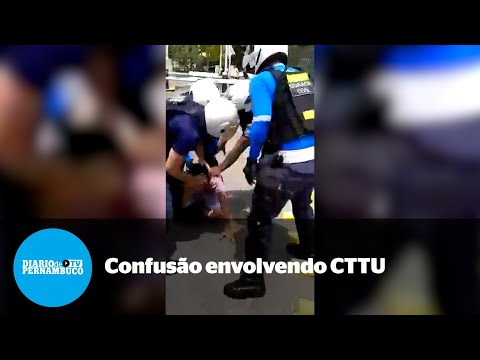 Vídeo mostra confusão envolvendo agentes da CTTU em Santo Amaro