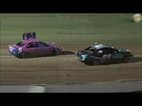 RSA Street Stocks Feature Race at Castrol Edge Lismore Speedway. 16.02.19 - dirt track racing video image