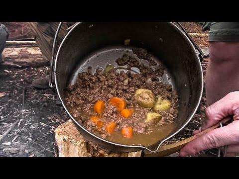 Bushcraft Basecamp - Cooking Deer Stew, Coffee, Wildcamp