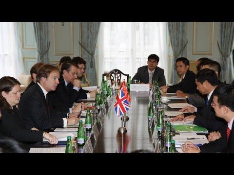Quốc vụ khanh Anh nói về Biển Đông