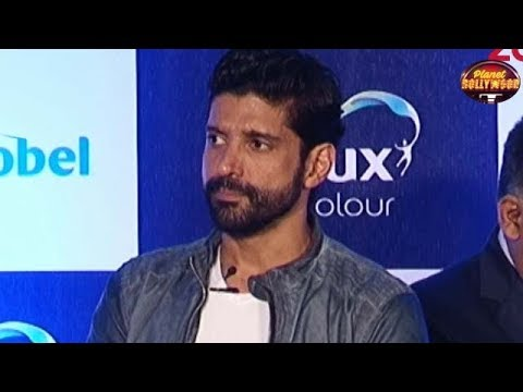 Farhan Akhtar's Team Deems Him To Be Unfit For Kapil Dev's Role? | Bollywood News