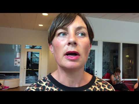 Ebba, medlem, om hur en grupp trötta människor kan göra varandra pigga