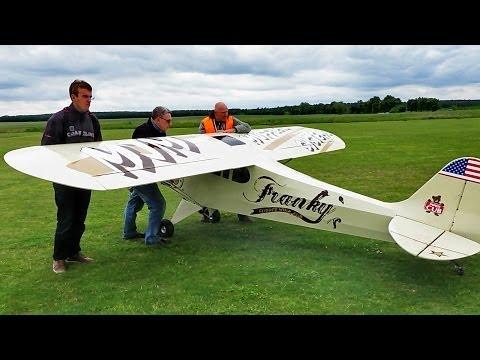 PIPER CUB GIGANTIC RC MODEL PLANE 35 PS 5,50m WINGSPAN FLIGHT DEMONSTRATION / Ragow Germany 2014 - UCH6AYUbtonG7OTskda1_slQ