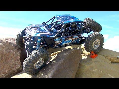RC ADVENTURES - AXiAL RR10 BOMBER - Tips & Tricks - Backyard Rock Crawling Course - UCxcjVHL-2o3D6Q9esu05a1Q