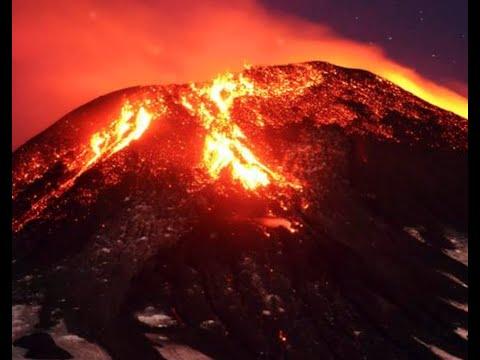 Breaking Massive Eruption Chilean Volcano Explodes Pyroclastic BLAST / Paul Begley