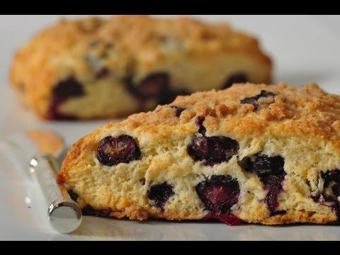 Blueberry Streusel Scones Recipe Demonstration - Joyofbaking.com - UCFjd060Z3nTHv0UyO8M43mQ