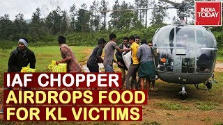 Kerala Flood Fury : Rahul Meets Flood Victims, IAF Choppers Airdrop Food