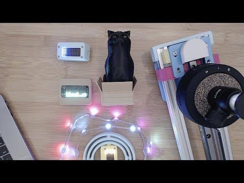 3D Hangouts – Sliders, LED Matrixes and Cats