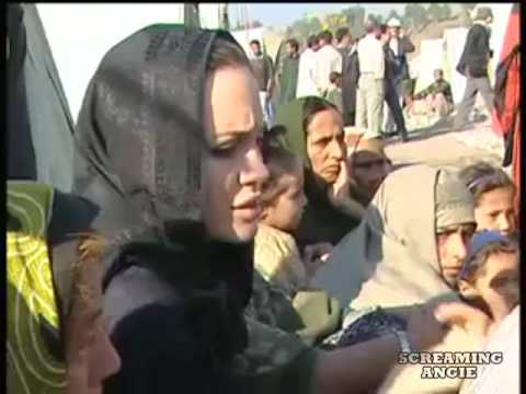 Angelina Jolie visit Pakistan earthquake