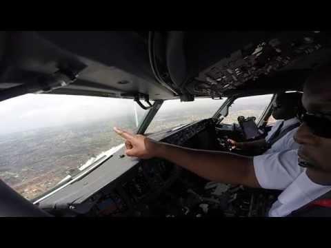 Cockpit Video Landing in Accra Ghana Kenya Airways B737 800 - UCOUj7pNIZez5Z13kSFiC5xQ