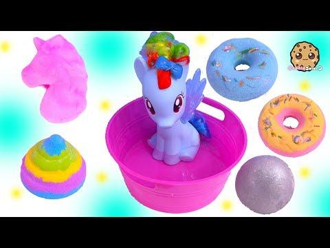 My Little Pony Rainbow Dash Takes Bath with Fizzy Surprise Toys - UCelMeixAOTs2OQAAi9wU8-g