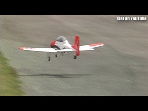 Scary maiden flight of an FMS Trojan RC plane - UCOmcA3f_RrH6b9NmcNa4tdg