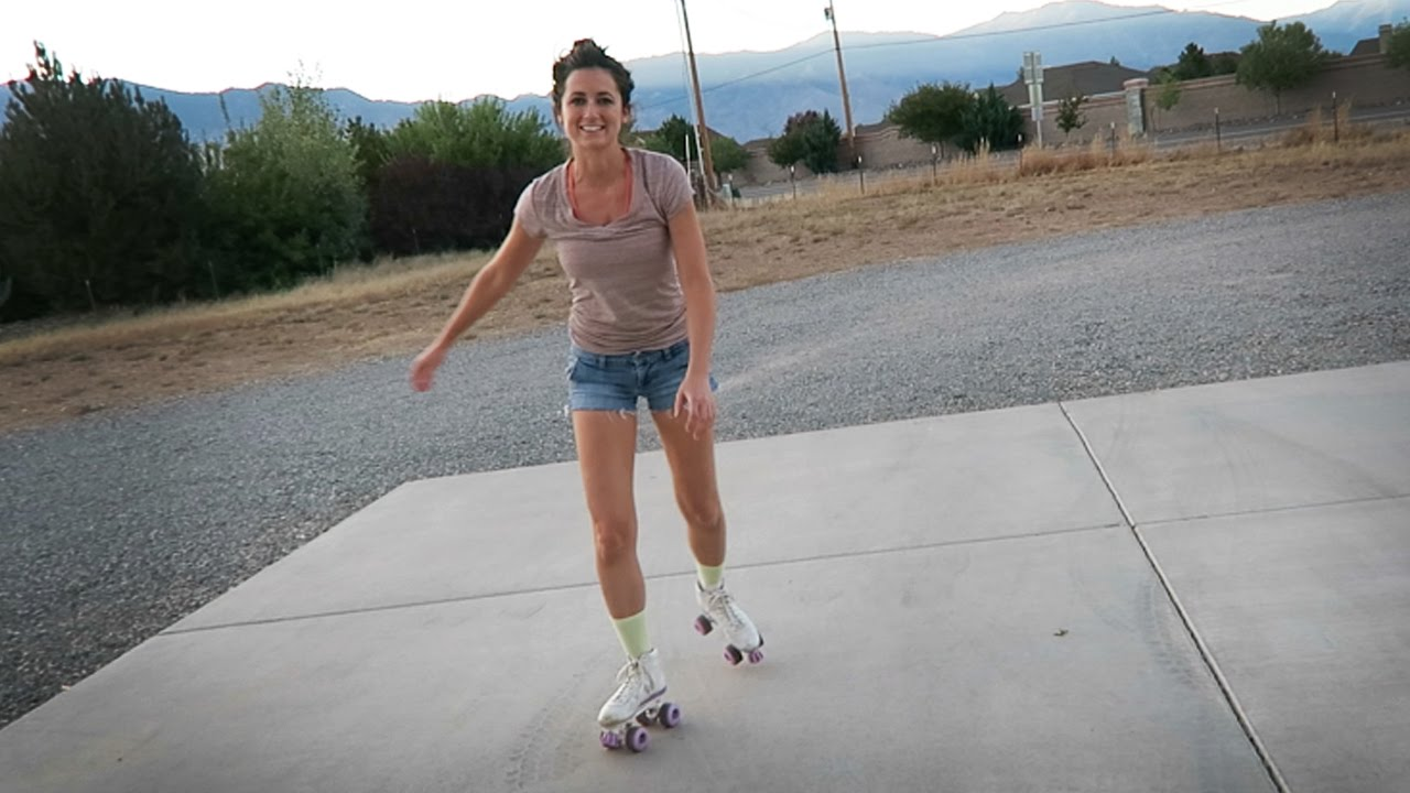 28 Photos of Hotties on Roller Skates - 1001Archives