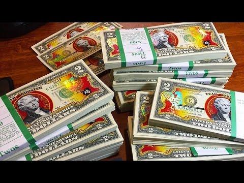 Tiền 2 USD lì xì Mỹ in hình gà trống cháy hàng ở Việt Nam