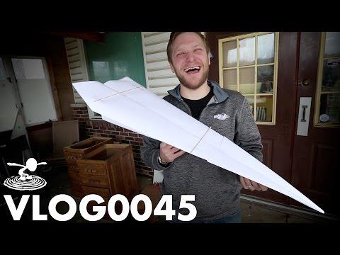 GIANT PAPER AIRPLANE | VLOG0045 - UC9zTuyWffK9ckEz1216noAw