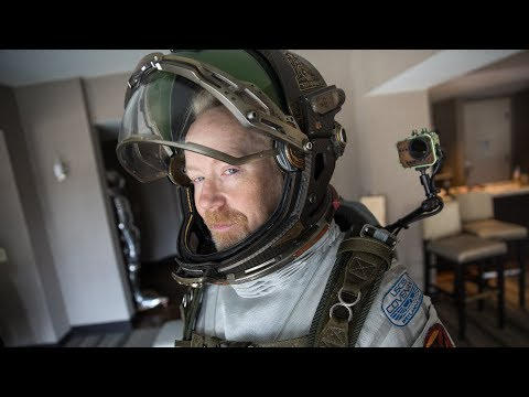 Adam Savage Incognito in the Alien: Covenant Spacesuit! - UCiDJtJKMICpb9B1qf7qjEOA