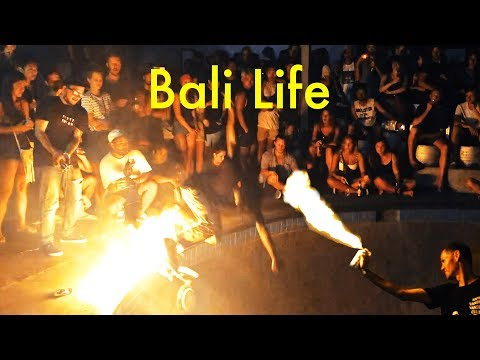 Insane Fire and Skateboard Party in Bali! - UCd5xLBi_QU6w7RGm5TTznyQ