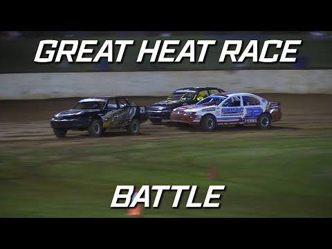 Modified Sedans: Cameron, Macdonald and Shelford Battle - Kingaroy Speedway - dirt track racing video image