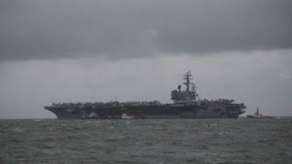 EE.UU. luce el poderío naval del USS Reagan en las aguas disputadas con China