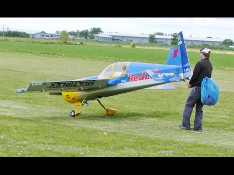 GIANT 55% SCALE RC PILOT YAK 54 3D DISPLAY - STEVE CARR AT LMA MODEL AIRCRAFT SHOW  ROUGHAM - 2015 - UCMQ5IpqQ9PoRKKJI2HkUxEw