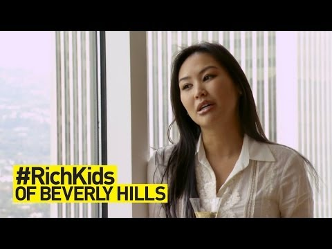 Living the #HighLife With Dorothy | #RichKids of Beverly Hills | E!