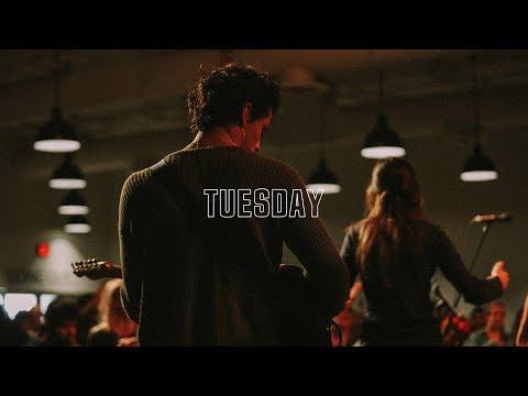 UPPERROOM Tuesday Set