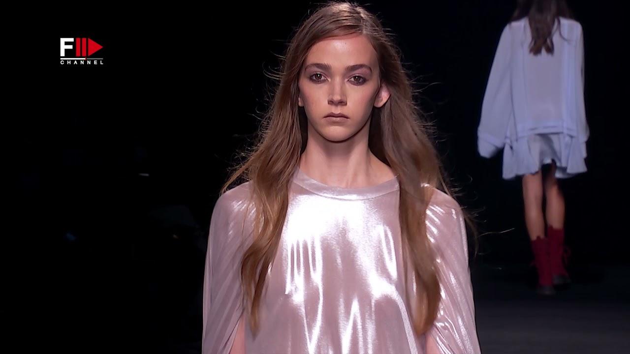 ROBERTO TORRETTA Spring 2022 Madrid – Fashion Channel