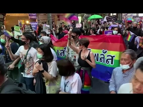 Thai LGBT and anti-government protesters join Pride Parade