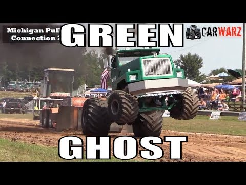 The Green Ghost SEMI Exhibition Pull At WMP Truck Pulls In Morley Michigan 2018