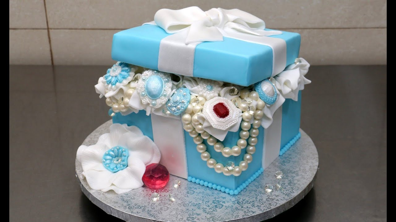 How To Make Edible Diamonds For Cake Decorating