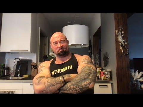 AAMUPÄIVÄN Q&A   NYYSSISLIVE!