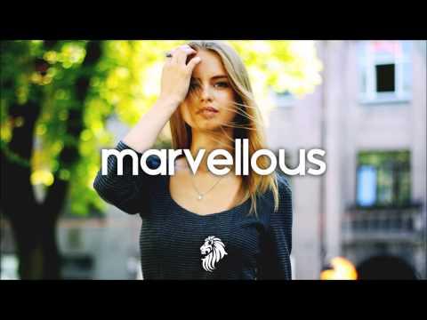 3 Monkeyzz - Into My Dream (ft. Louise Mambell) - UCJ2cGU-CskWXRmzql5RgjKg
