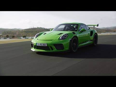 The new 911 GT3 RS. Challengers wanted.