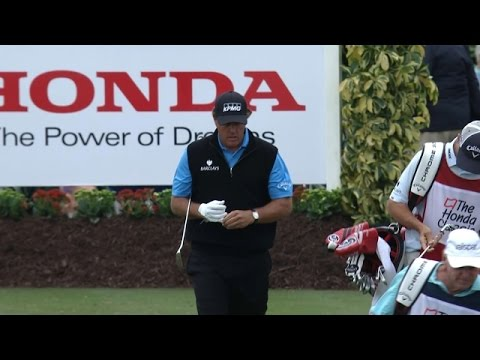 Phil Mickelson's gorgeous tee shot on No. 15 at The Honda Classic