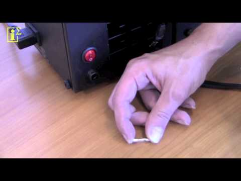 9. Cosmetic Care - smartCharger - Chapter 3: Changing a fuse in the smartCharger